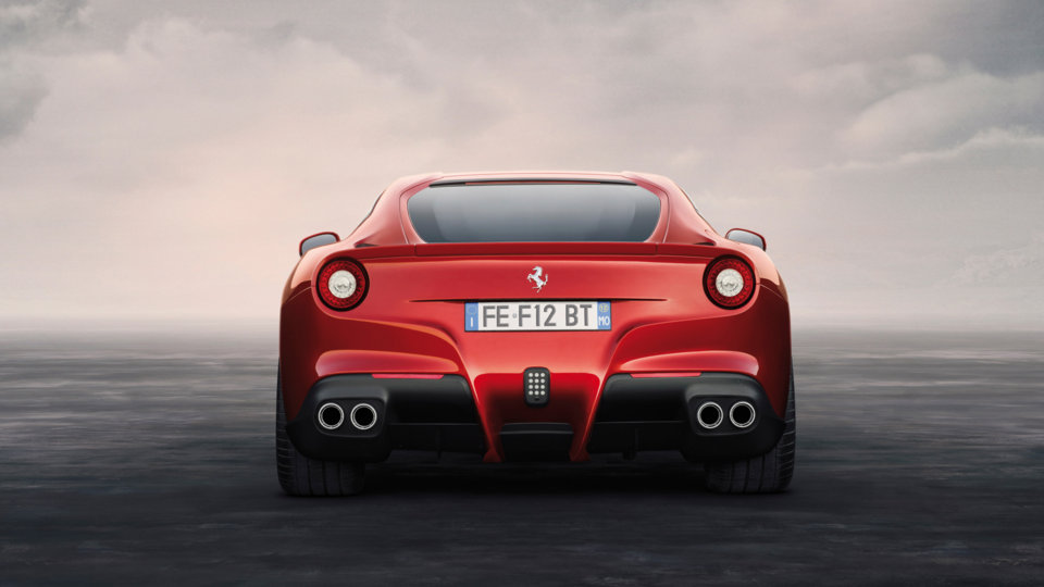 Ferrari F12 Berlinetta - traseira